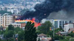 """Двама пострадали при пожара в склад в """"Красна поляна"""""""