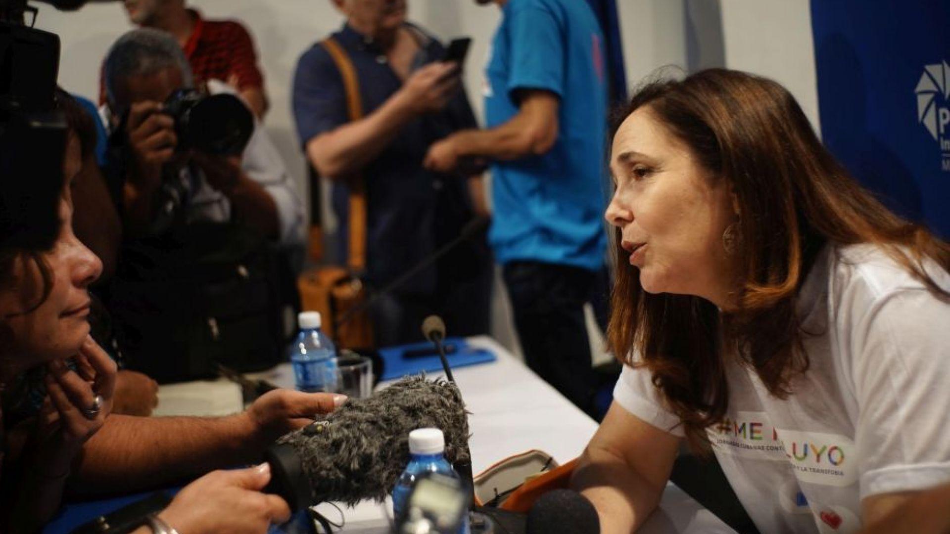 Дъщерята на Раул Кастро подкрепя еднополовите бракове