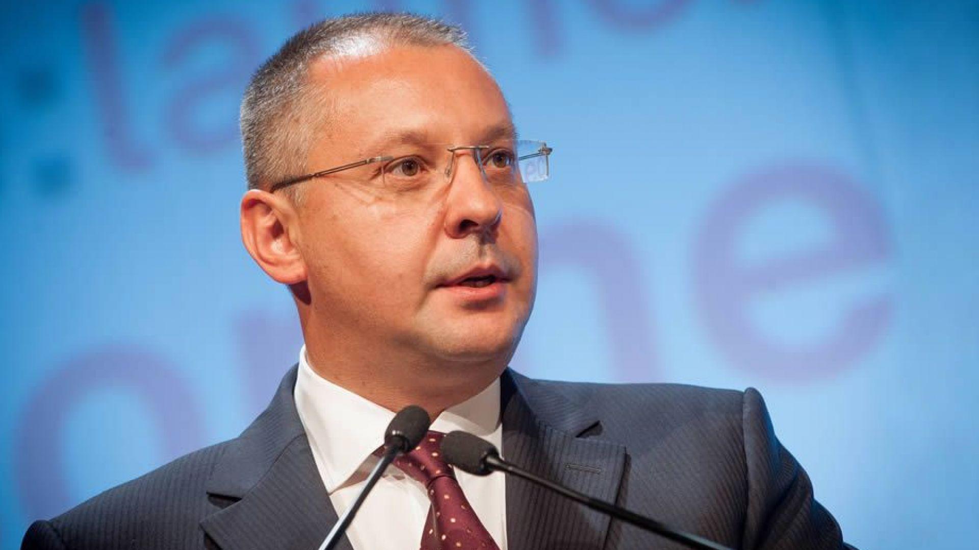 Станишев: При победа на евровота, ще имаме условия за предсрочни избори