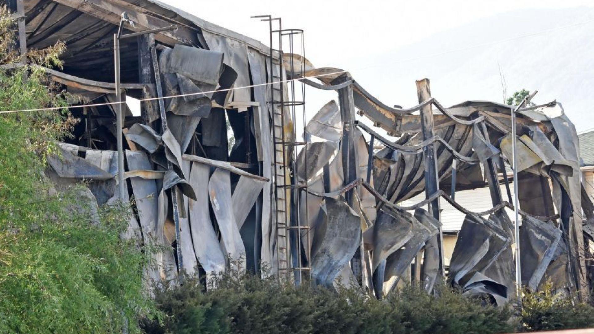 Собственичката на изгорелия склад подозира умишлен палеж