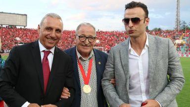 Бербатов и Стоичков в класация на 50-те най-готини типове във футбола