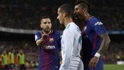Тъжен ден - политиката зачеркна супердербито Барса - Реал