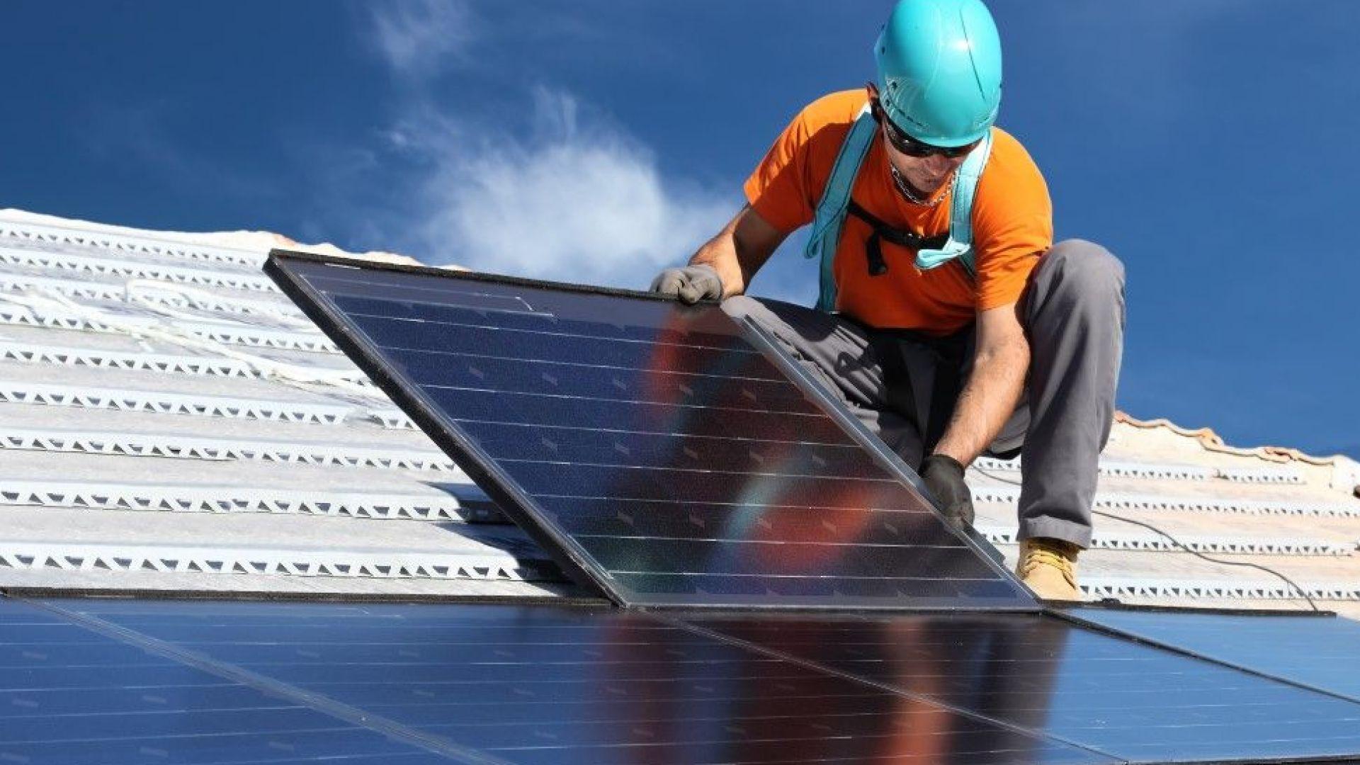 В Калифорния готвят задължение всяка къща да има слънчеви панели