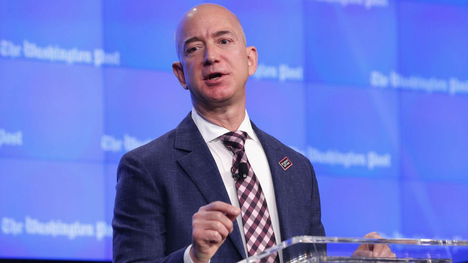 Основателят на електронния гигант Amazon, Джеф Безос, започва бизнеса си през 1994-а от гаража си в Сиатъл. И това е доказано