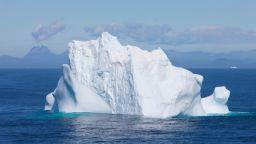"""Наводнение като на """"Титаник""""(видео)"""