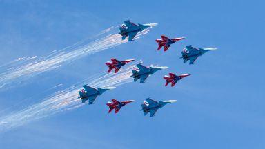 Каква военна техника премина на Червения площад днес (видео)