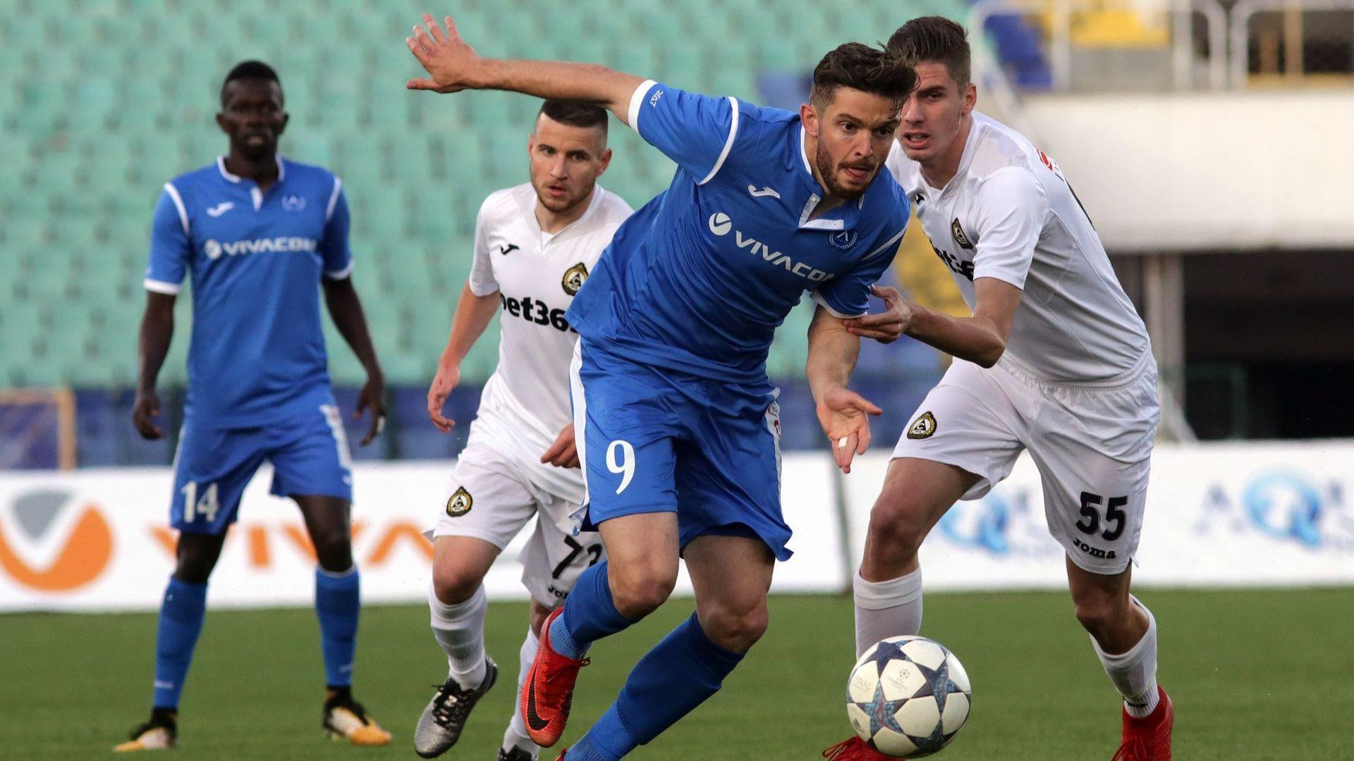 Новият скаут на Левски: Спокойно, няма да напълним отбора с румънци