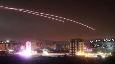 Атаката на Израел срещу ирански обекти: 2 часа, 28 Ф-16, 70 ракети, 23-ма убити (видео)
