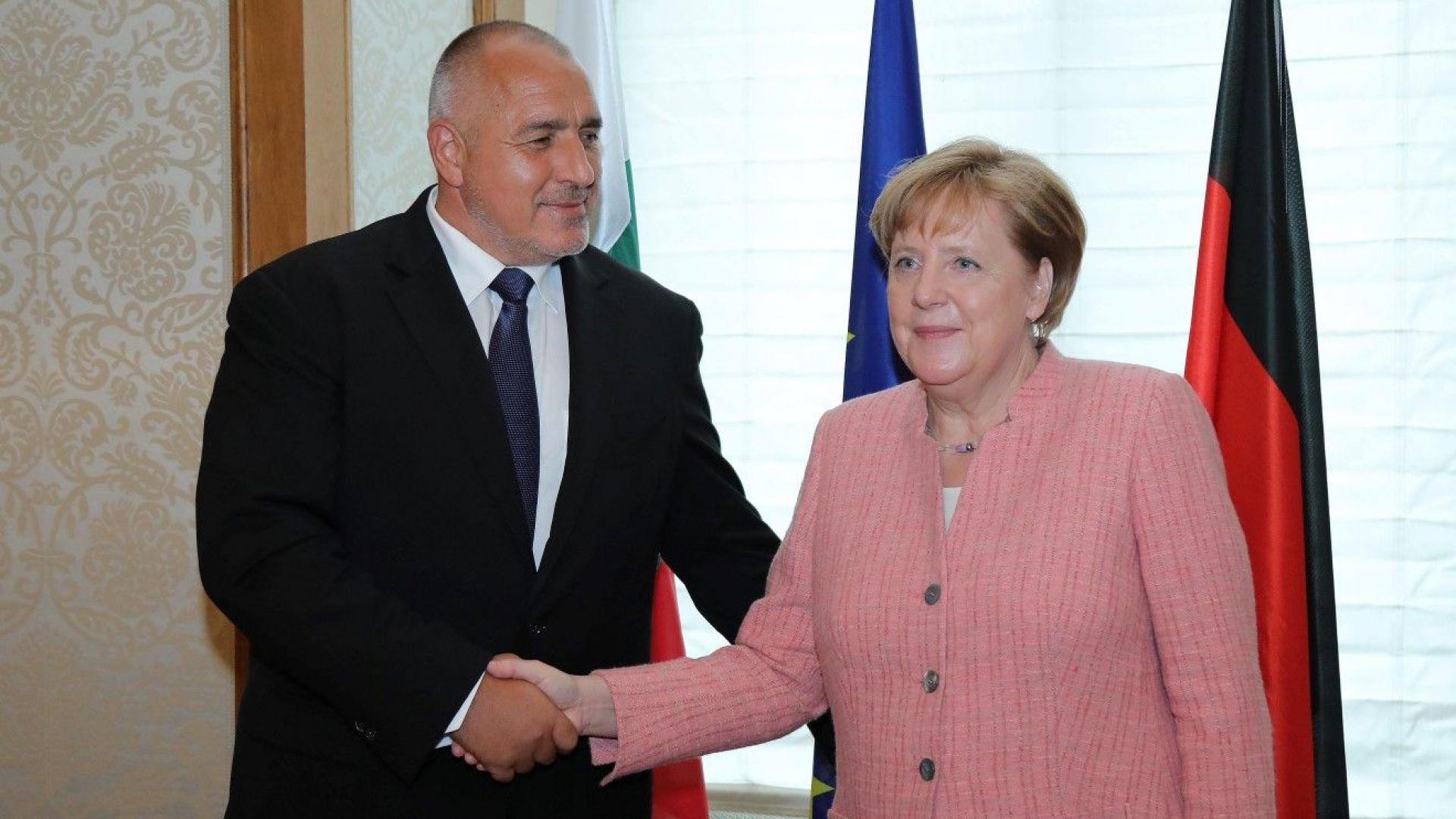 Борисов обсъжда 40 минути с Меркел казуса със Северна Македония
