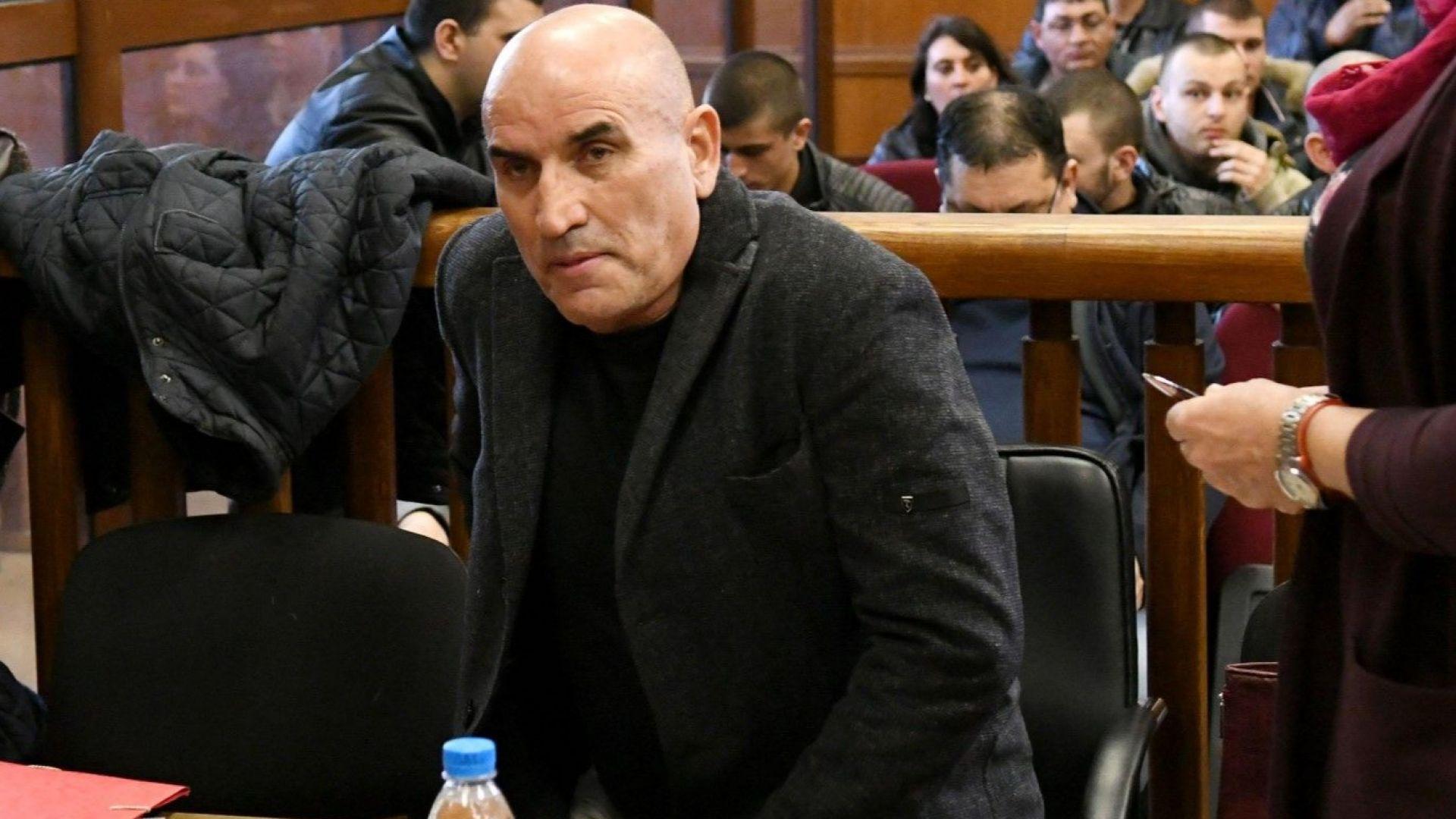 Данъчни блокираха имущество на Ценко Чоков и синовете му
