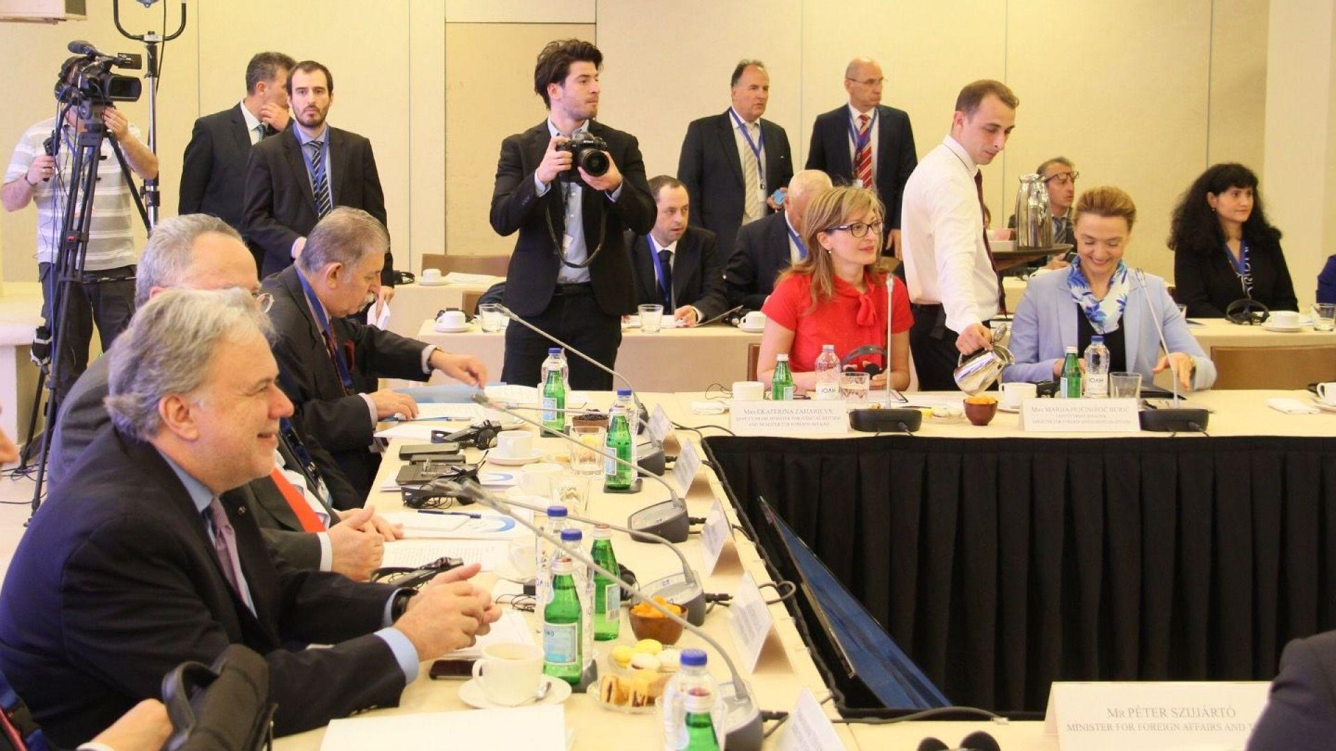 Министри от Балканите и Вишеград:  2025 г. е реалистичен срок за разширяване на ЕС