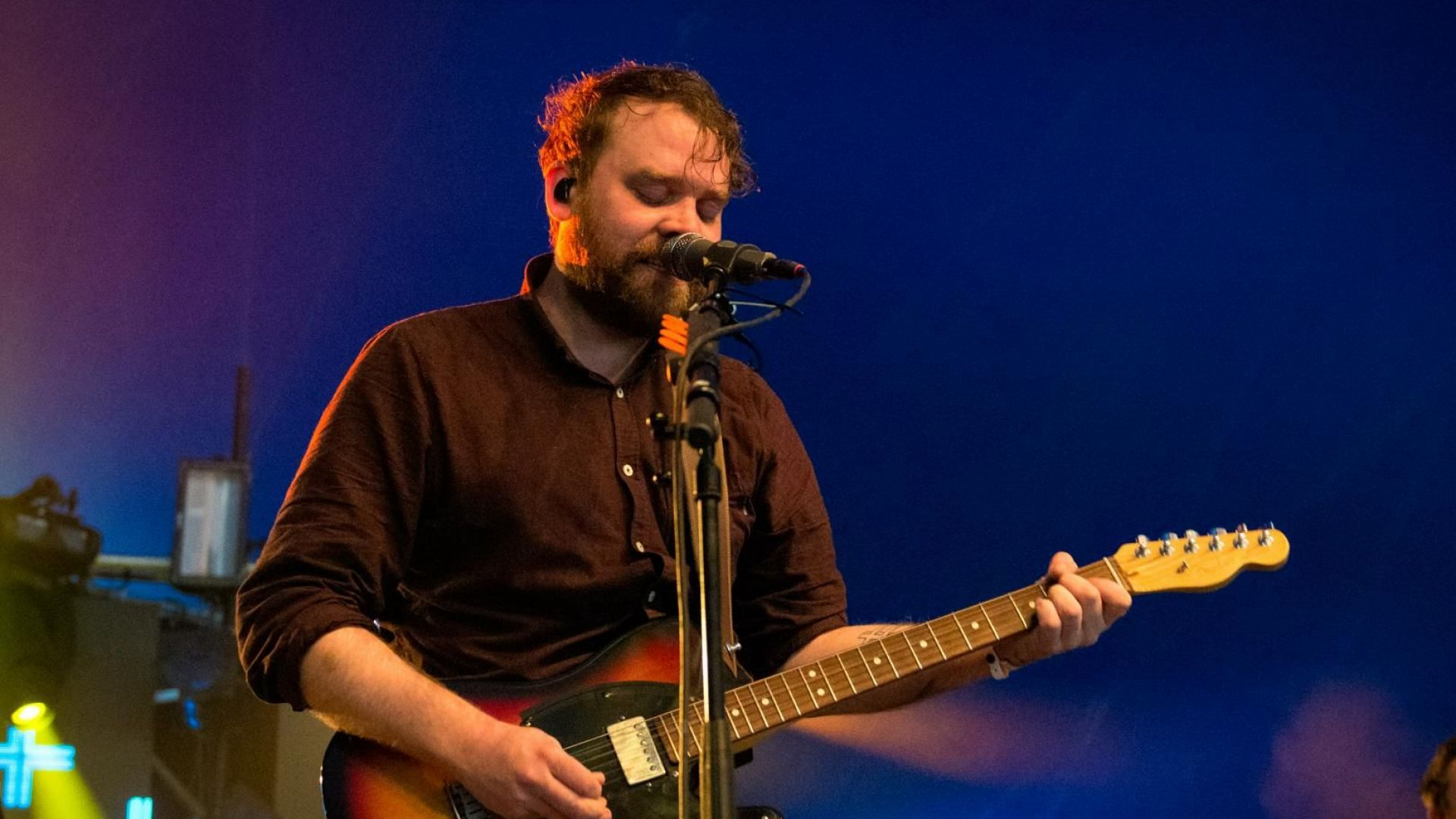 Скот Хътчинсън от групата Frightened Rabbit е открит мъртъв