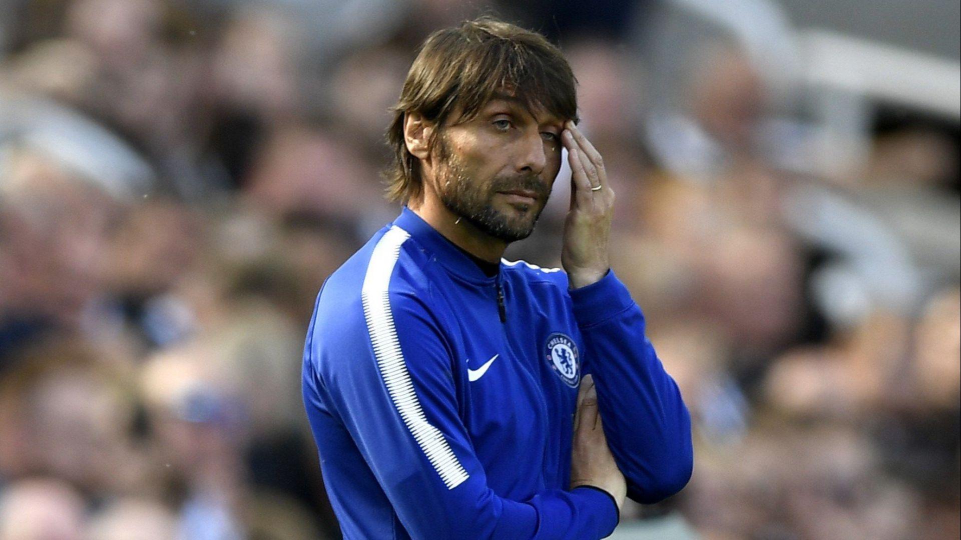"""Италиански хаос в """"Челси"""" - подготовката започва с Конте, до дни го сменя Сари"""