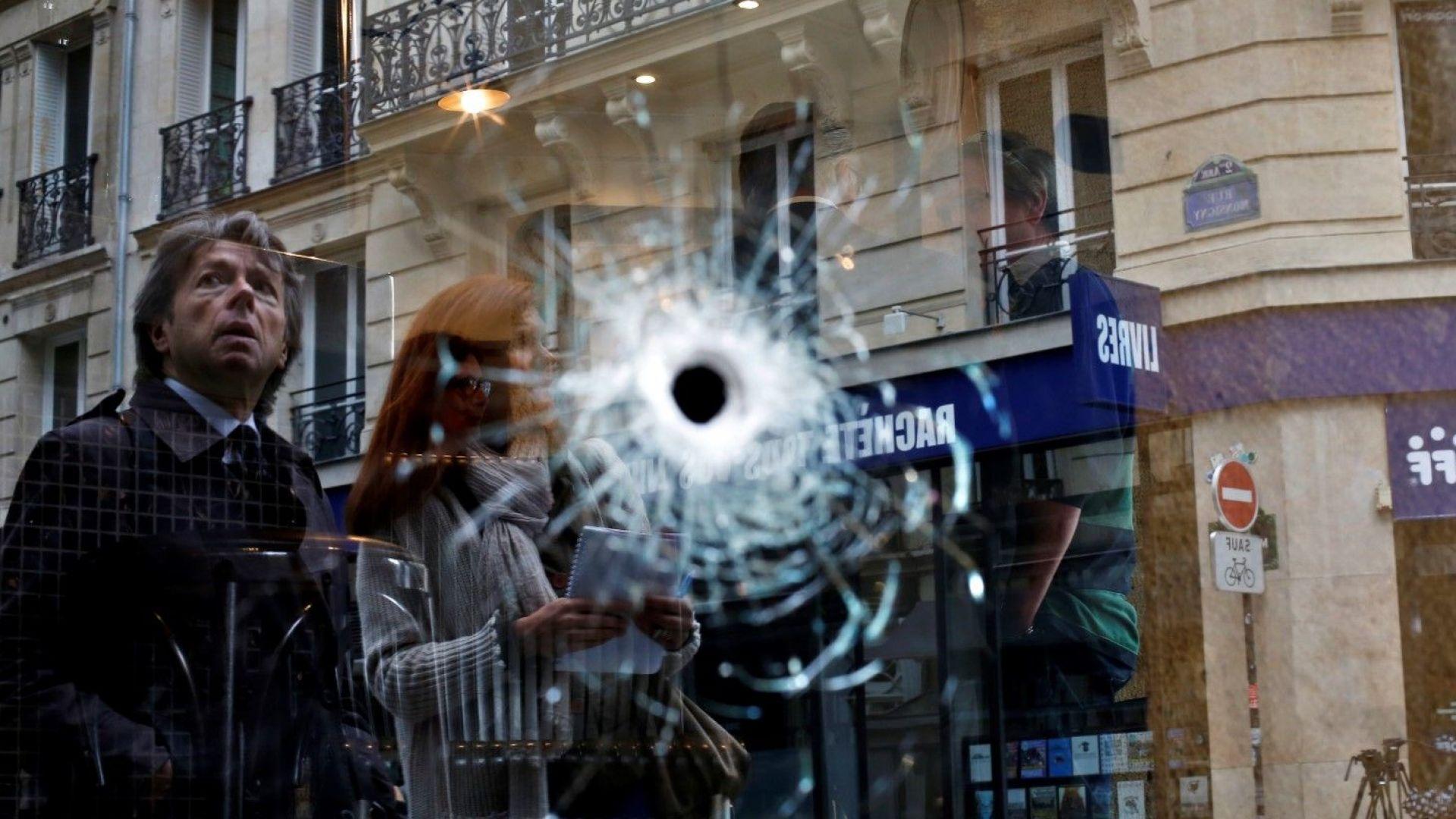 """""""Ислямска държава"""" разпространи видео с атентатора от Париж"""
