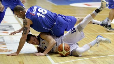 Левски Лукойл с крачка към групите на Шампионска лига