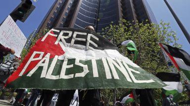 """Светът е разделен след """"най-кървавия"""" ден в ивицата Газа"""