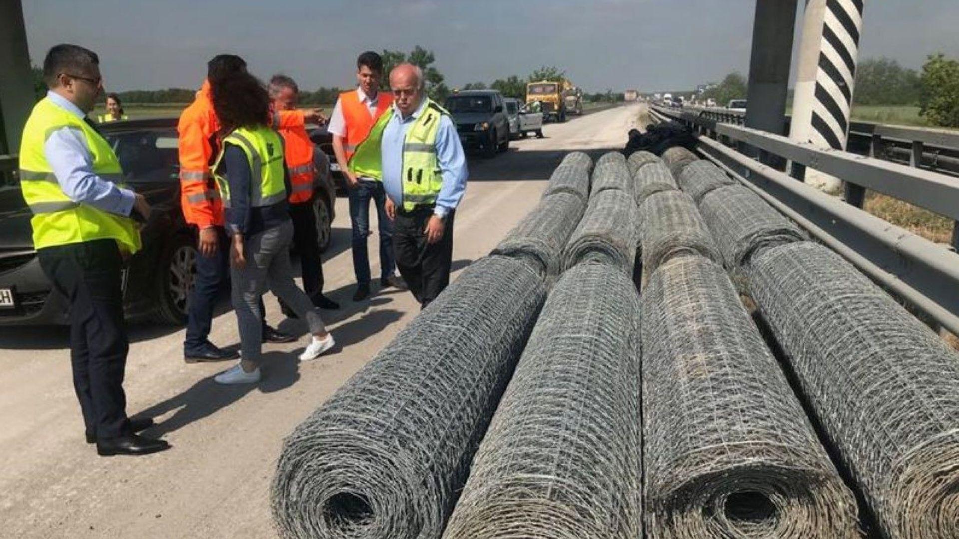 """Нов асфалт на 22 км от АМ """"Тракия"""" ще издържа на 50 градуса"""