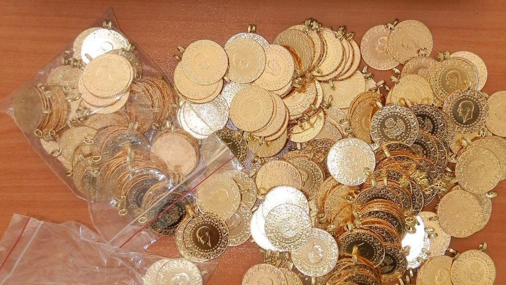 """Голямо количество златни монети задържаха на """"Капитан Андреево"""""""
