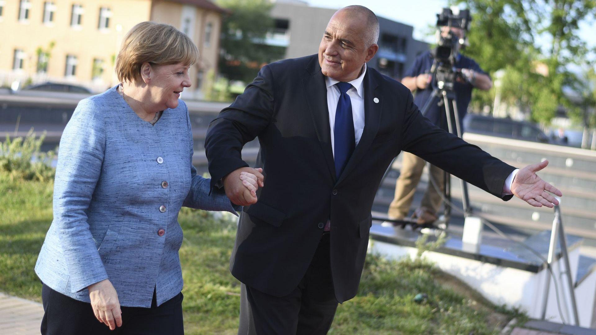 Рецептата на Борисов: Да спасим Африка, за да спасим ЕС