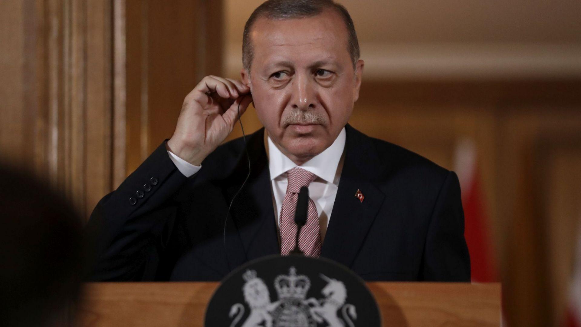 Турският президент Реджеп Тайип Ердоган ще се срещне с германски