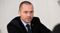 Джамбазки внесе сигнал до Цацаров за заплахи срещу общински съветници