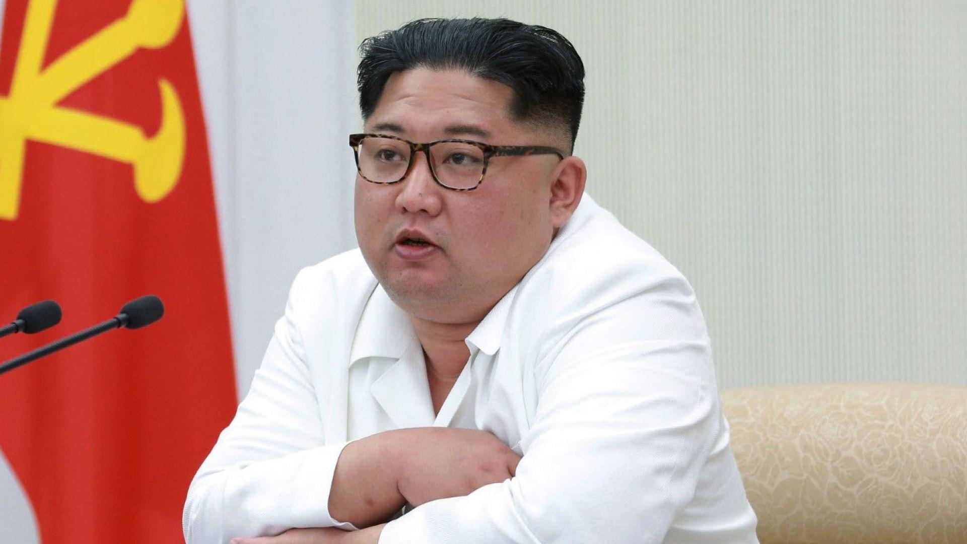 Може ли Ким да свърши като Кадафи?