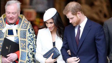 Официално! Принц Чарлз ще заведе Меган Маркъл до олтара