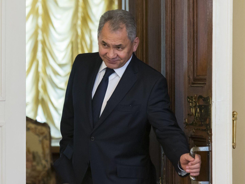 Сергей Шойгу  остава министър на отбраната