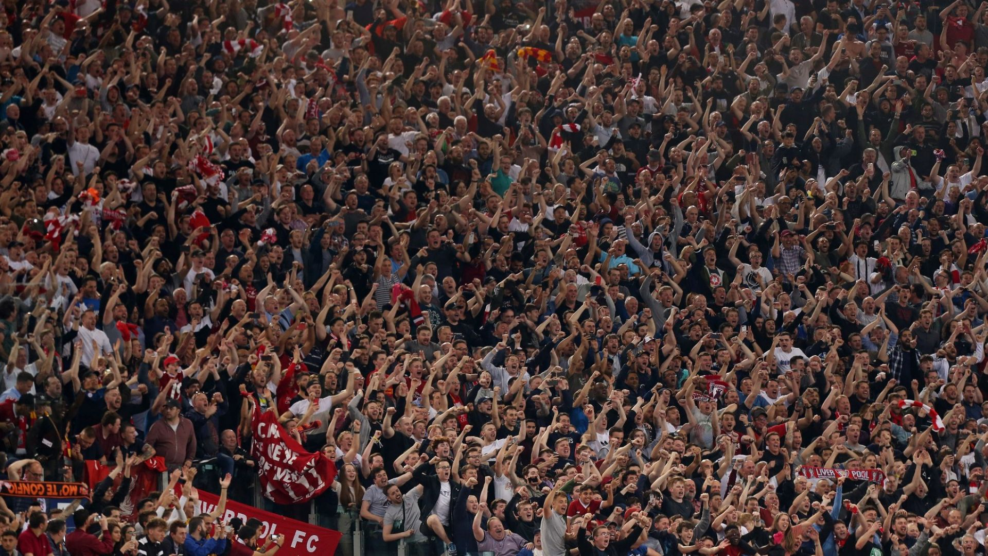 Феновете в Англия се връщат по стадионите на 2 декември