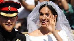 """Меган се омъжи с рокля от """"Живанши"""" и семпъл грим"""