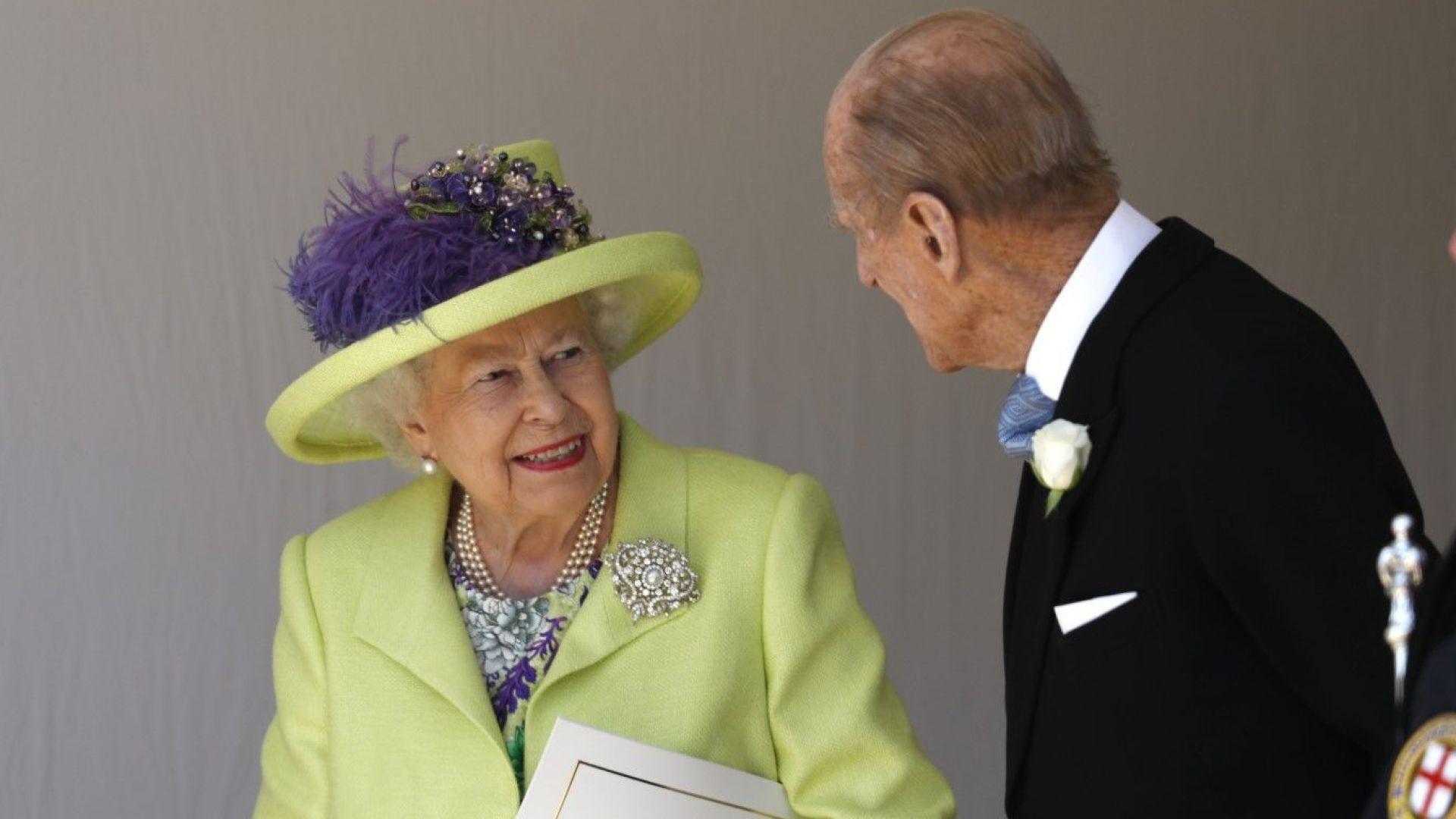 Кралица Елизабет II е претърпяла очна операция през май