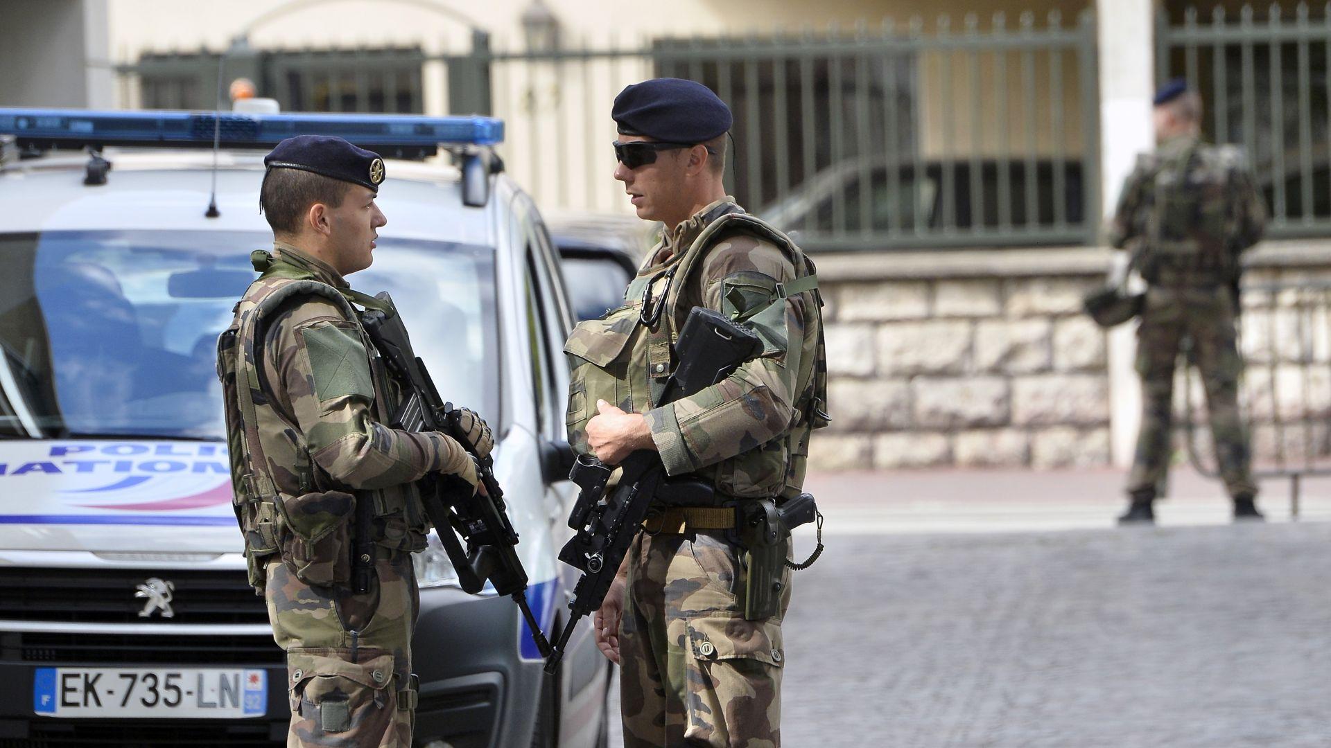 Задържаха българин за тероризъм във Франция, представял се за чеченец