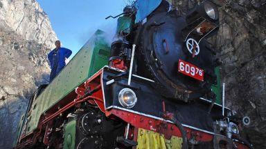 Пуснаха билети за пътуване с парен локомотив
