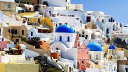 Гърция излезе от 10-годишна финансова криза