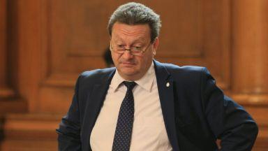 """ГЕРБ даде Таско Ерменков на прокурор, иска и оставка заради """"отровната"""" вода"""