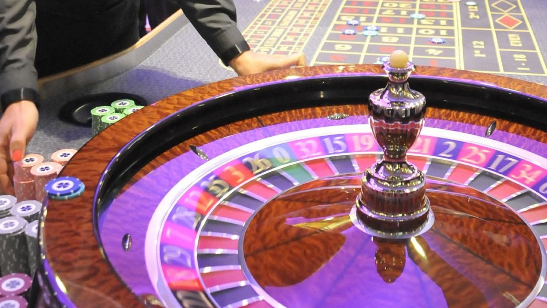 Юрист: Няма как да бъде въведен ДДС върху хазарта