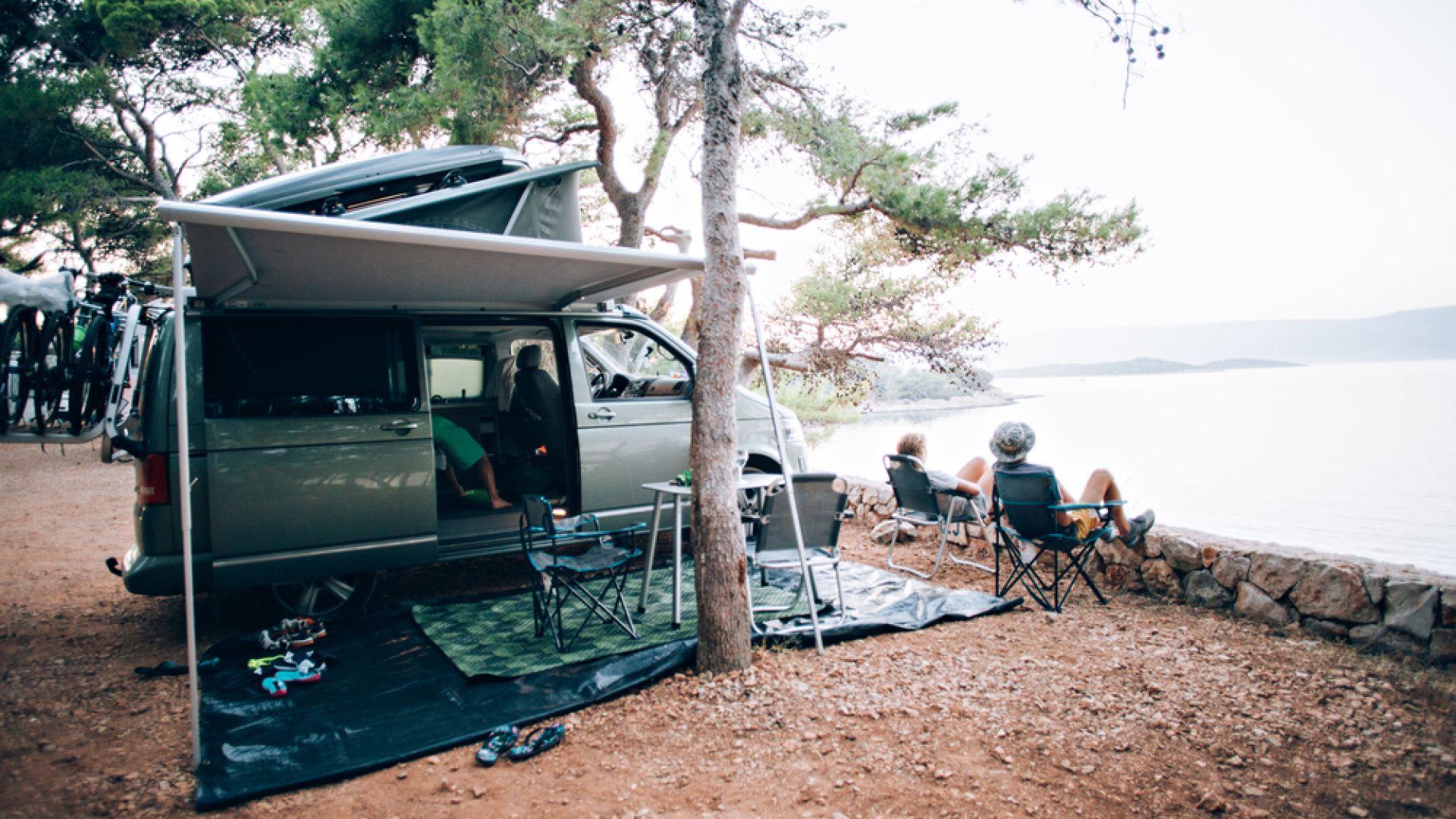 ВАС отмени наредбата за глоби за палатки на плажа в Царево