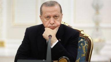 Експерт: Турция плаща по външния си дълг повече от Сенегал