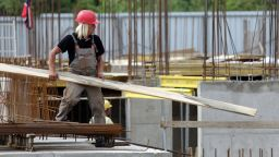 Прекратиха лицензите на 6 фирми за строителен надзор: под лупа са всички разрешения за строеж