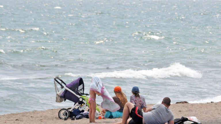 24-годишна спечели търга за плажа на Варвара