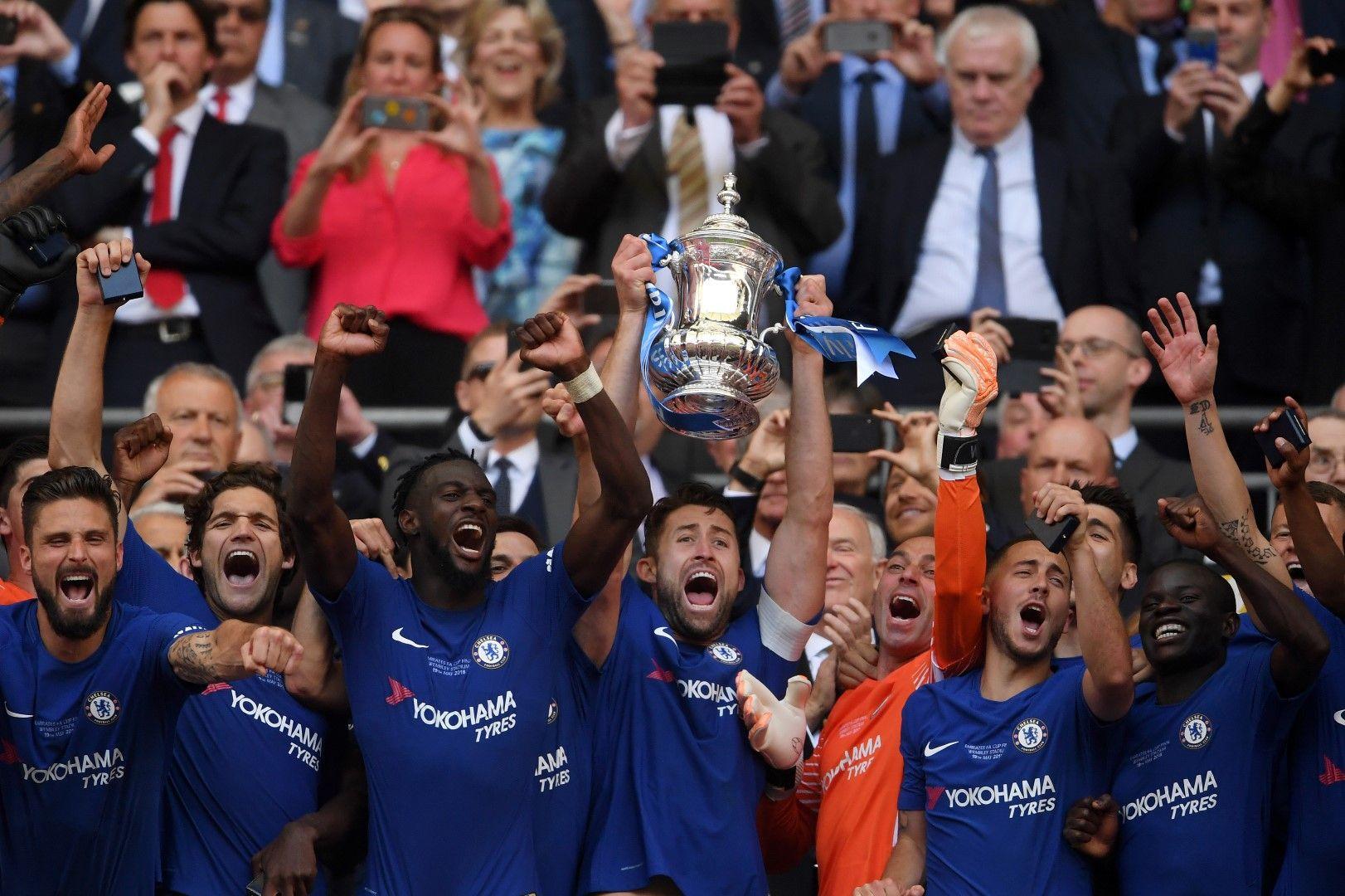 """""""Челси"""", за разлика от """"Юнайтед"""", също завърши сезона с трофей"""
