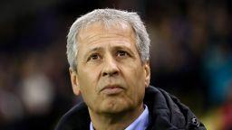 Дортмунд няма да сваля доверието от треньора си