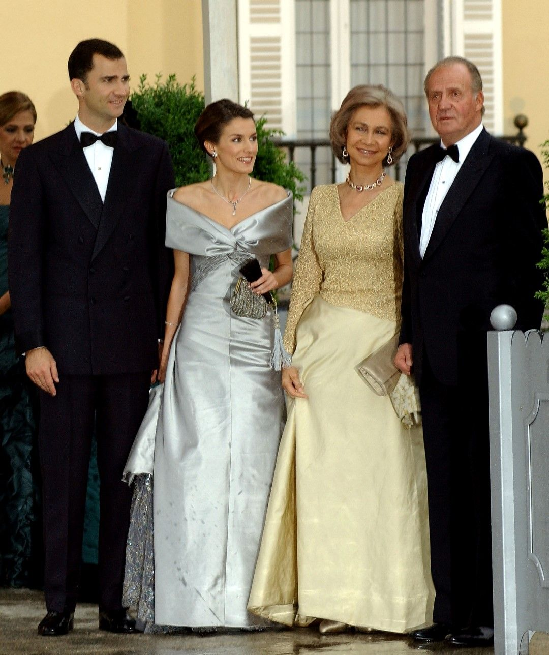Летисия и Фелипе вечерта преди сватбата си заедно с крал Хуан Карлос и кралица София