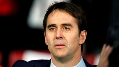 Треньорът на Испания преподписа до 2020-а