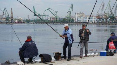Шефът на ИАРА: Изпитът за риболовците ще отпадне