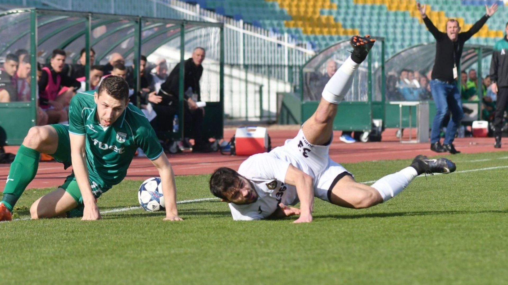 Поредният абсурд: Бараж между два софийски отбора ще се играе в Пловдив
