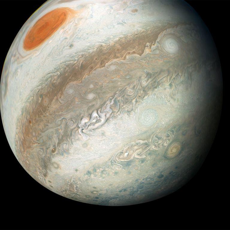 Астрономи откриха още 12 луни на Юпитер