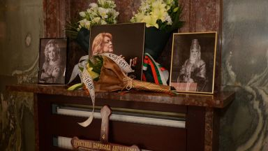 Сбогом, Маестра Ангелакова!