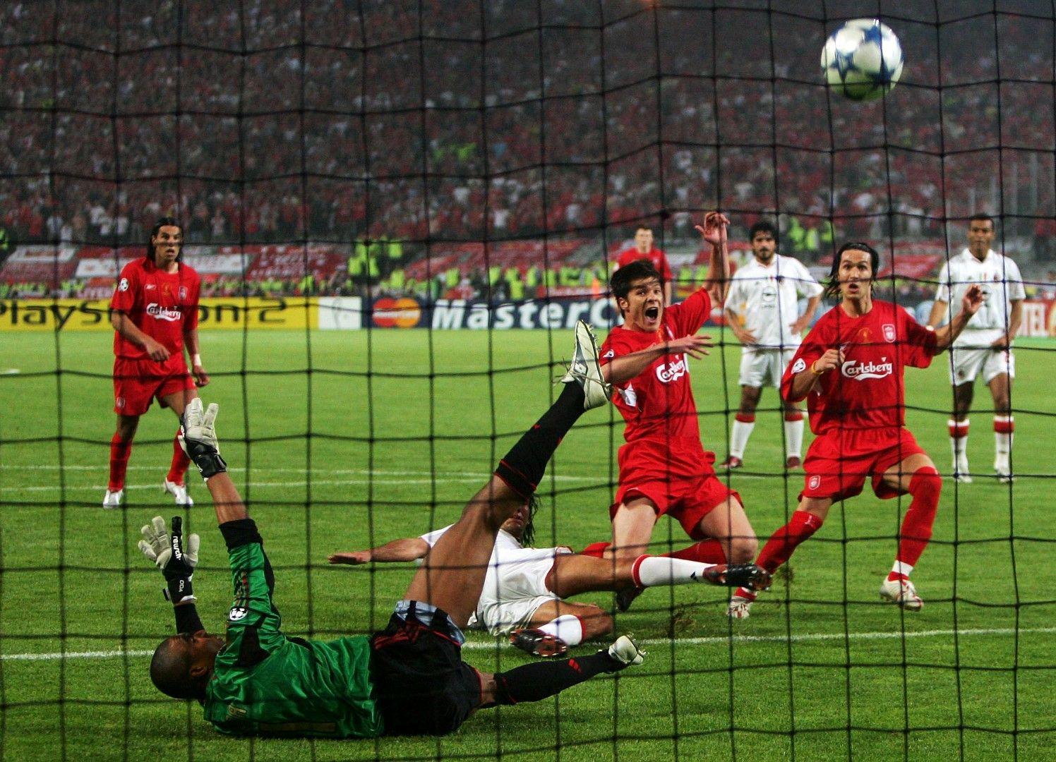 """Голът на Шаби Алонсо, с който """"Ливърпул"""" изравни """"Милан"""" за 3:3"""