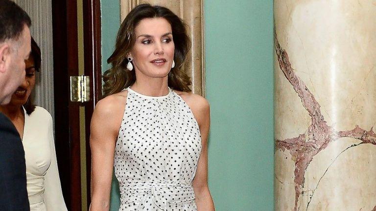 Кралица Летисия и Фелипе разделени на годишнината от сватбата си